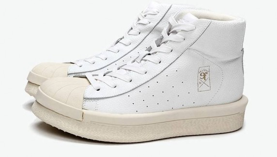 B71436321白色