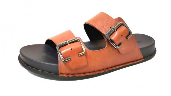 slipper  D
