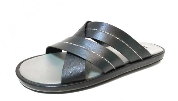 slipper  F